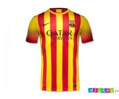 Новые комплекты футбольной формы любимых команд