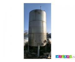 Продается Емкость вертикальная, нержавеющая, объем 13 куб.м