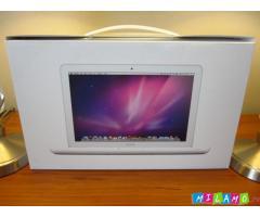 Оригинальный MacBook Pro