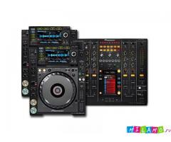 Pioneer Pair Of Cdj-2000 Nexus (2) Cd Players 1 Djm-2000 Nexus Dj