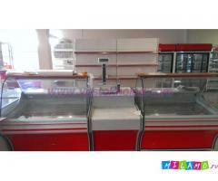 Холодильные витрины (встроенный холод).