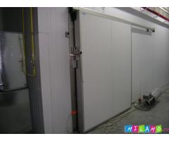 Двери для камер холодильных.