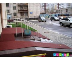 Противоскользящее покрытие для ступеней и лестницы