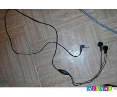 Гарнитуру для Nokia e71 TV 3Sim куплю